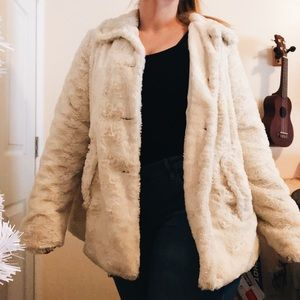 Jackets & Blazers - Fluffy (Faux) Fur Coat!